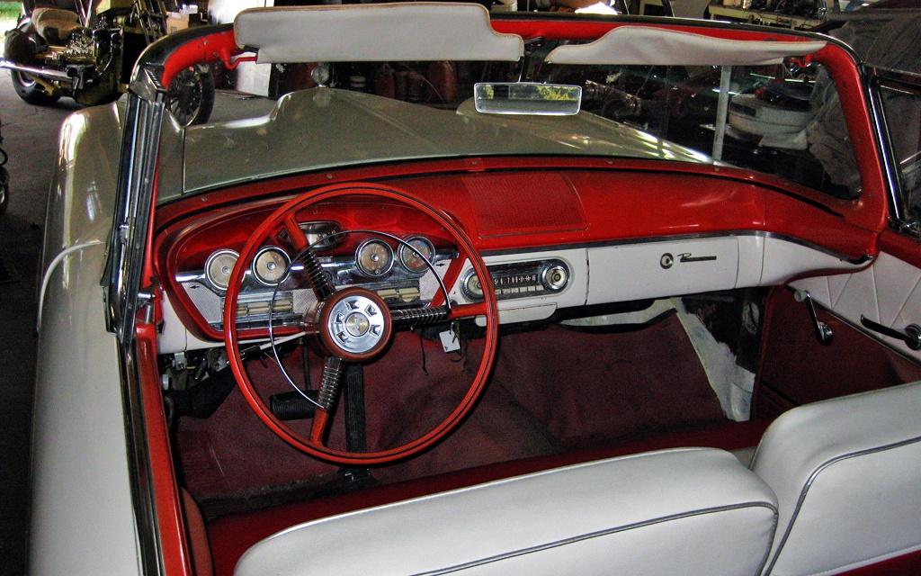 Edsel Pacer interior