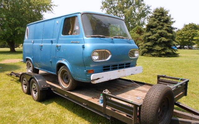 Scooby-Doo Van: 1964 Ford Econoline