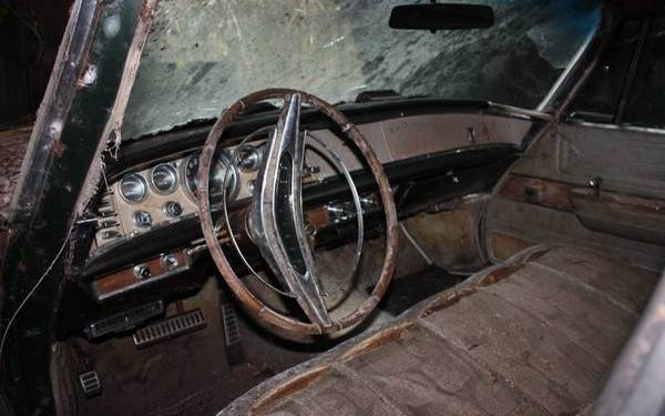 Big luxury barn find for 1964 chrysler new yorker salon for sale