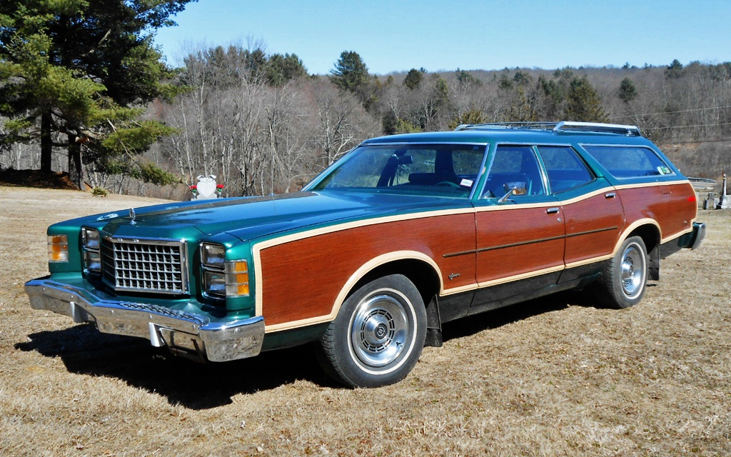 1977 Ford LTD Squire Wagon
