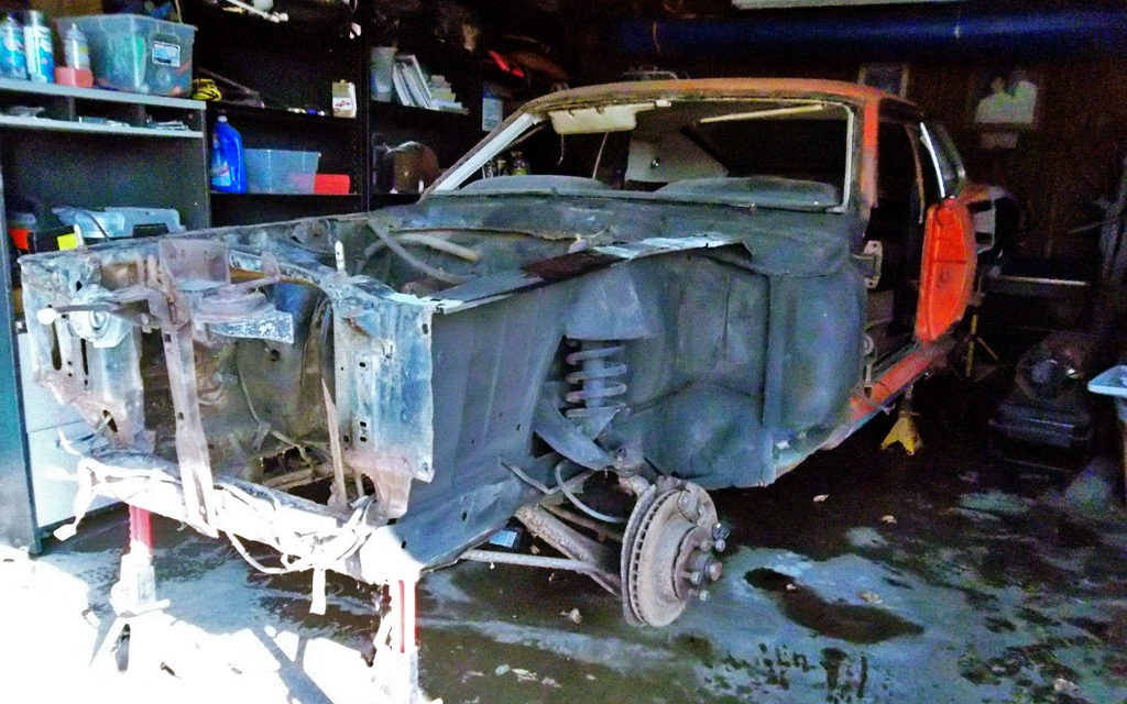 1969 Mustang in Pieces