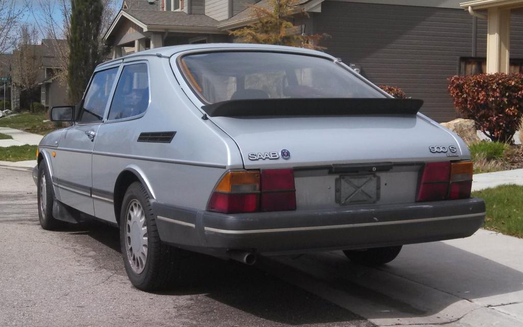 1987-saab-900-s-rear