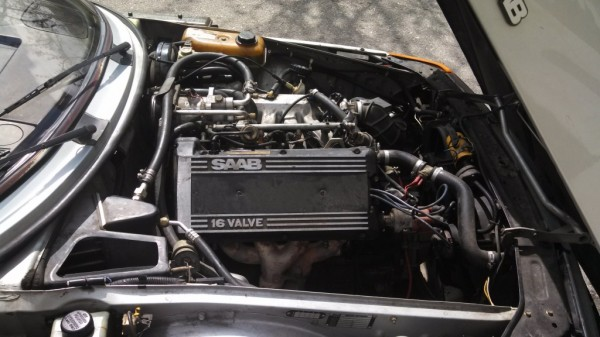 saab-900-16-valve