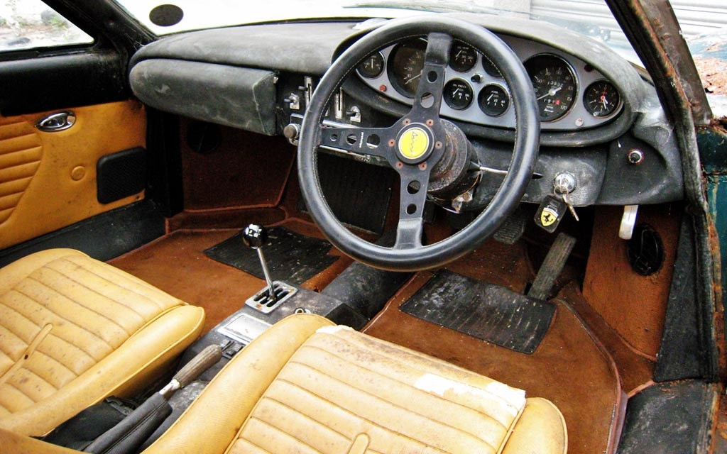 1973 Ferrari Dino interior