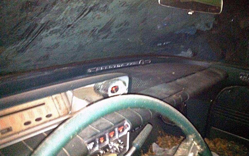 1960 Buick Electra Interior