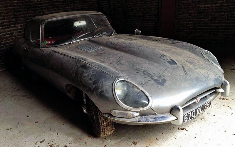 1964 Jaguar E-type in France
