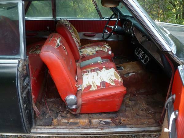 1962-studebaker-gt-hawk-interior