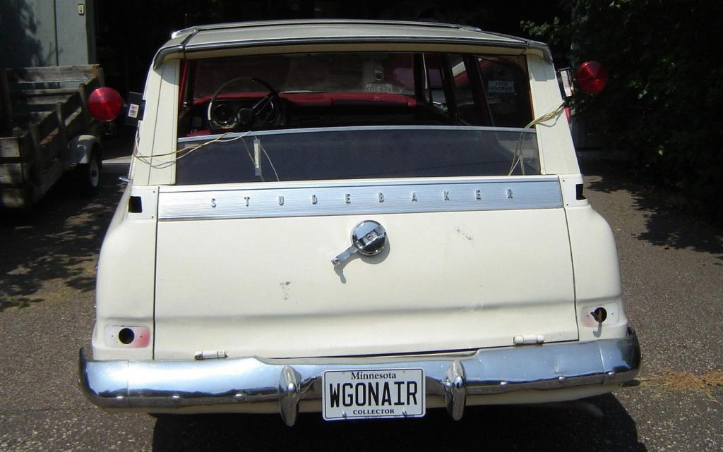 1963-studebaker-wagonaire-rear