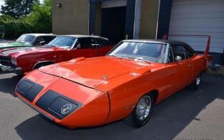 1970-Hemi-Superbird