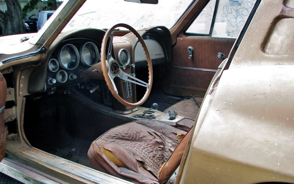 '63 Corvette Coupe Interior