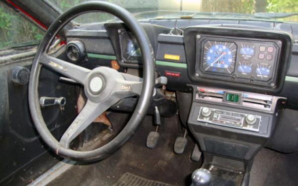 Alfa Romeo Alfetta Interior