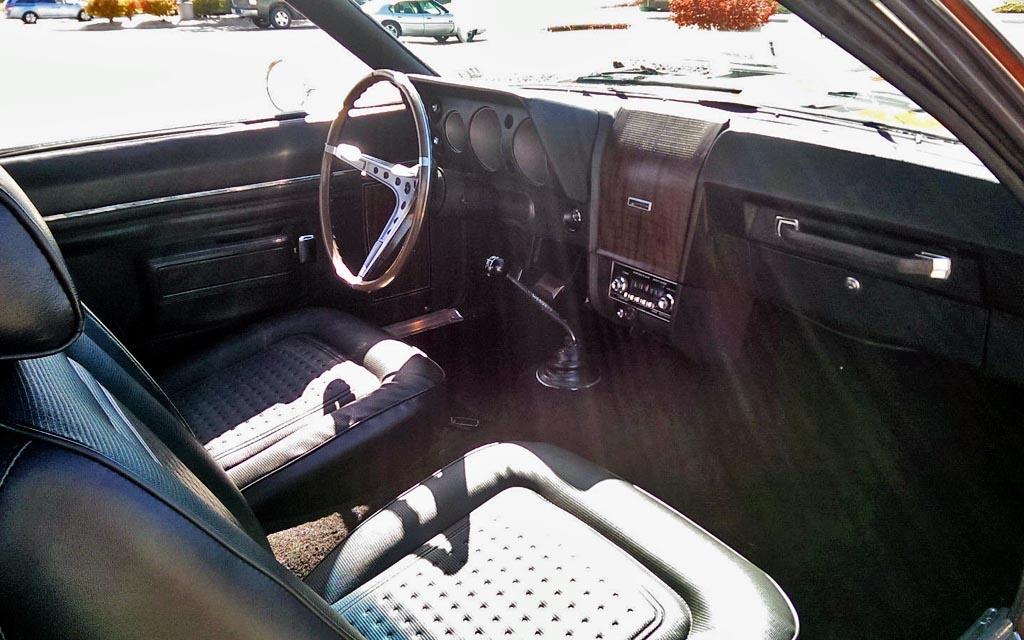 AMC AMX Interior