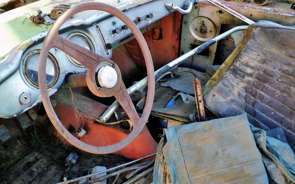 Datsun SPL212 Interior
