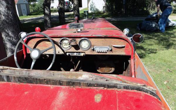 M.I. Roadster Interior