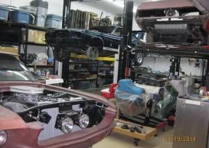 mustang-garage