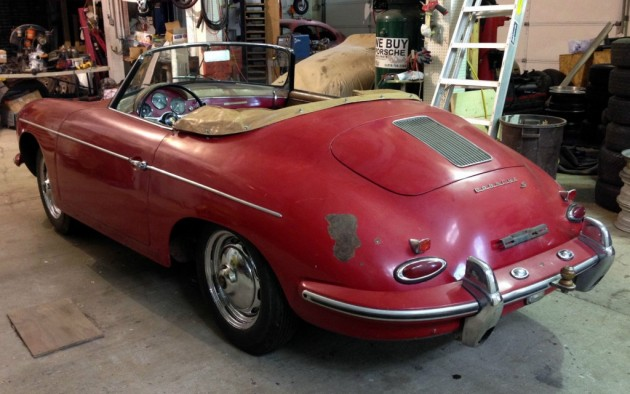 1960-porsche-356-roadster-rear
