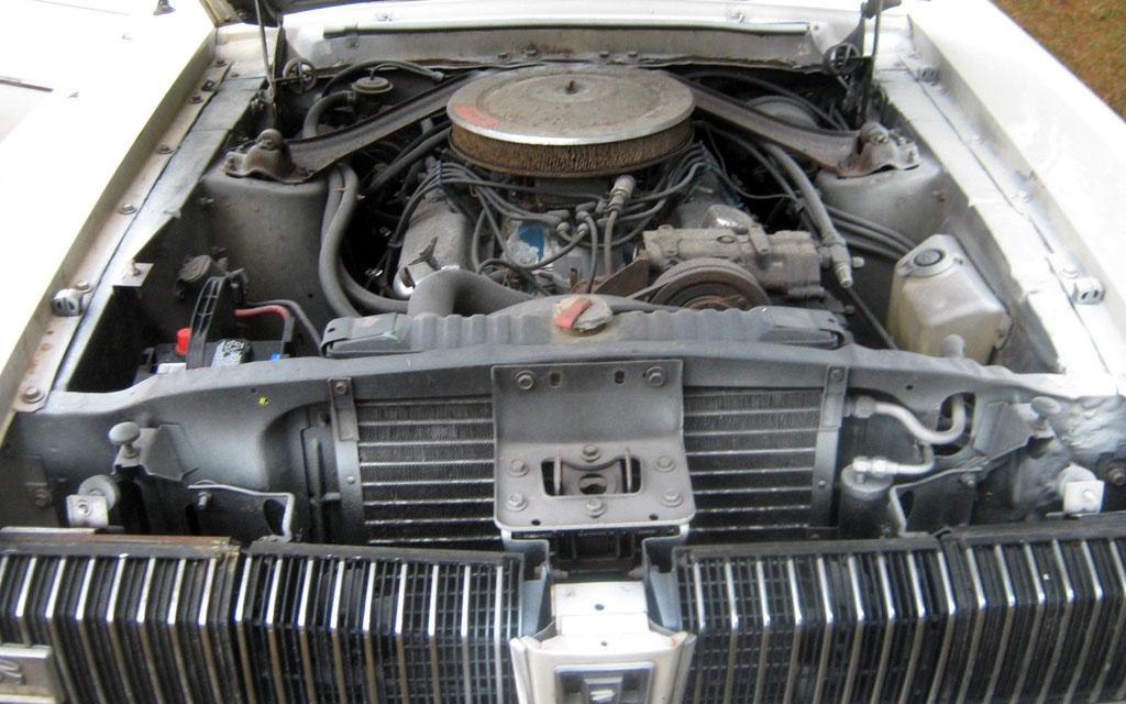 Mercury Cougar engine