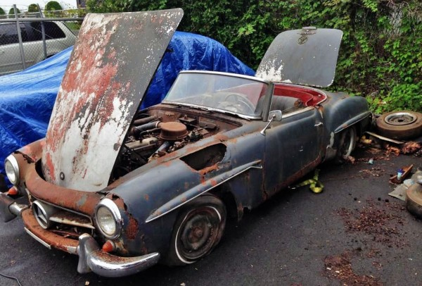 Rusty Mercedes 190SL