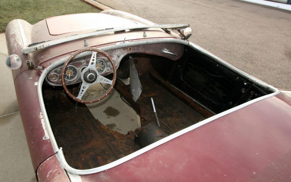austin-healey-100-interior