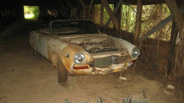 fiat-124-barn-find