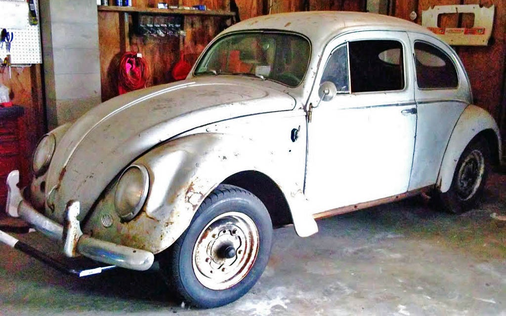 Splitty Surprise: 1952 Volkswagen Beetle