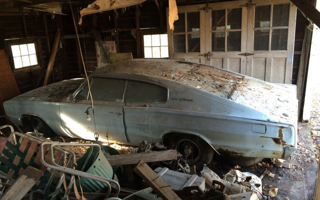 1966 Dodge Charger Barn Find