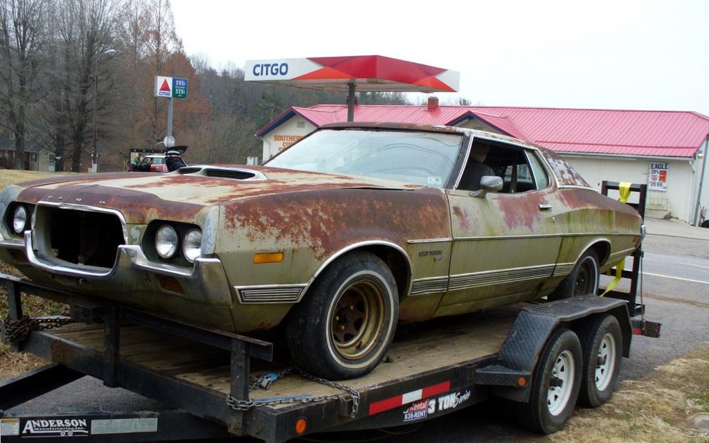 Rusty Big Block: 1972 Ford Gran Torino