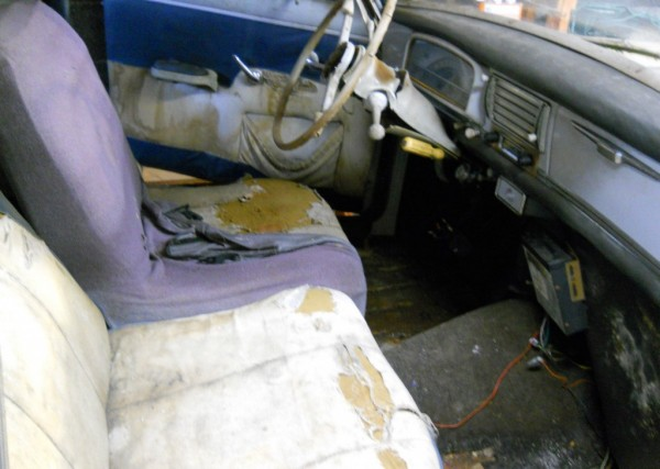 Peugeot-interior