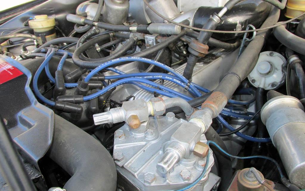 Rover P6 V8 Engine