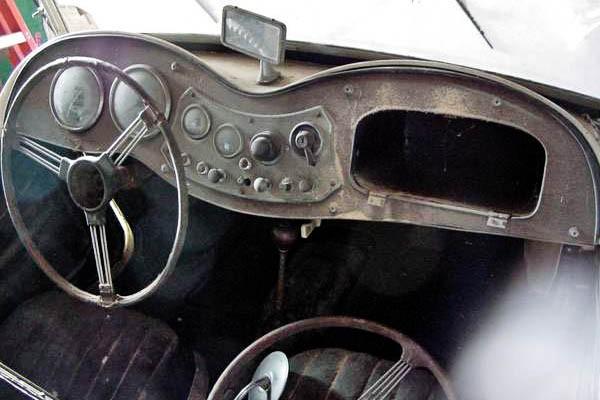 Dusty Roadster 1953 Mgtd
