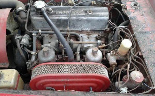 Datsun Fairlady Engine