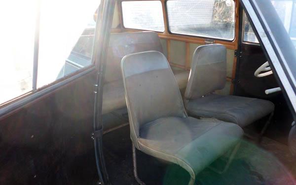 Lloyd LT600 Interior