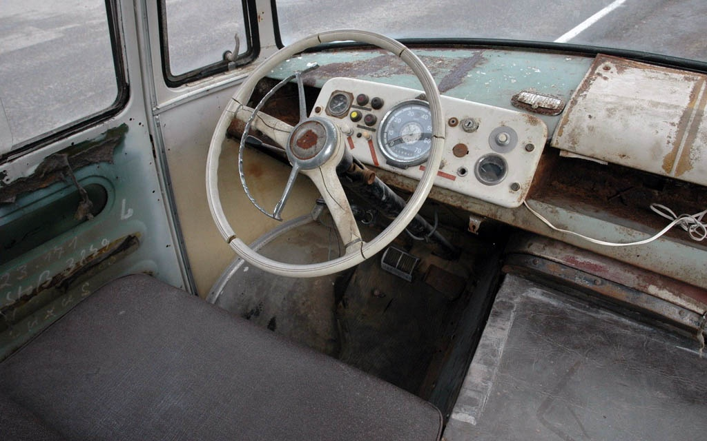 Mercedes 0319D Dash