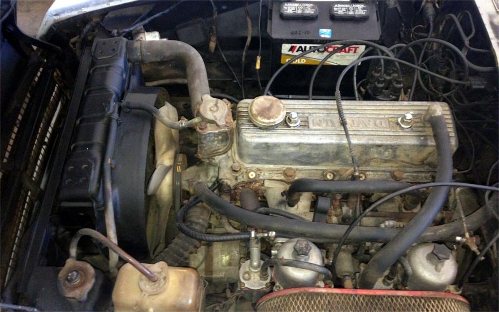South Florida Sunshine 1969 Datsun 1600 Roadster