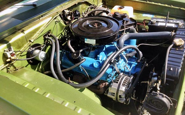 grandma s sleeper 1971 plymouth duster twister rh barnfinds com plymouth duster engine bay plymouth duster engine swap