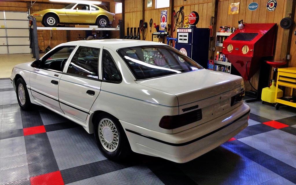 America's Answer: 1990 Ford Taurus SHO