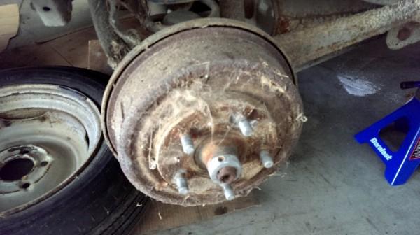 122 drum brake