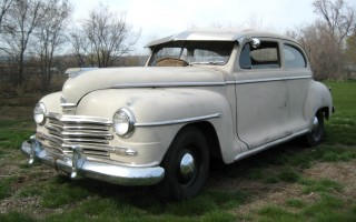 1946 Plymouth P15S Deluxe