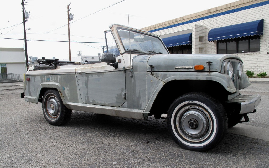 1969 Jeepster