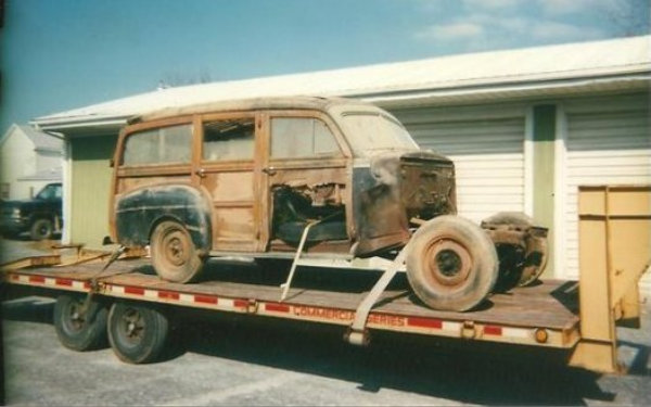 1946 Ford Super Deluxe Wagon