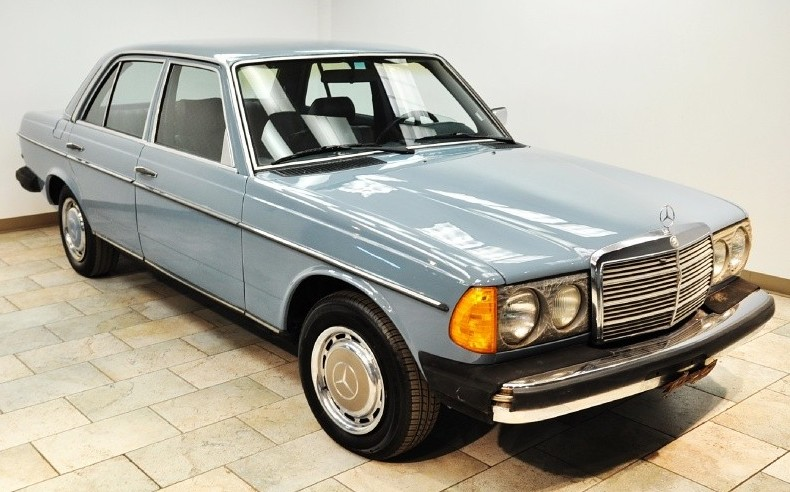 1980 Mercedes Benz 240d Life Car