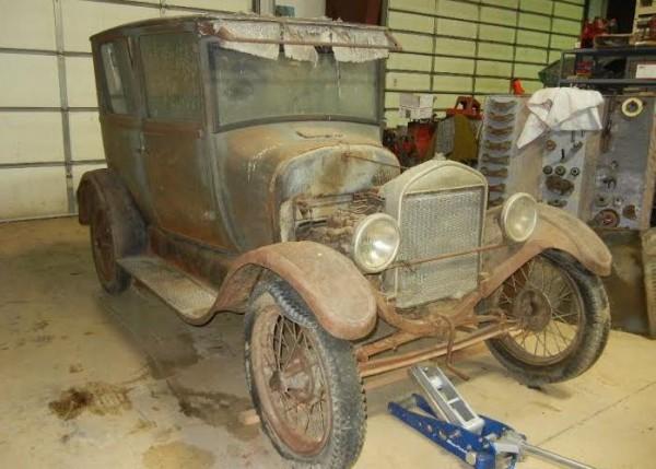 1927 Ford Model T Tudor