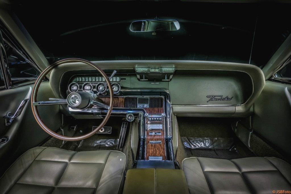 Original Beauty 1966 Ford Thunderbird