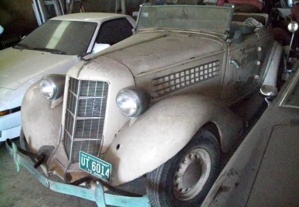 1935 Auburn 635 Cabriolet