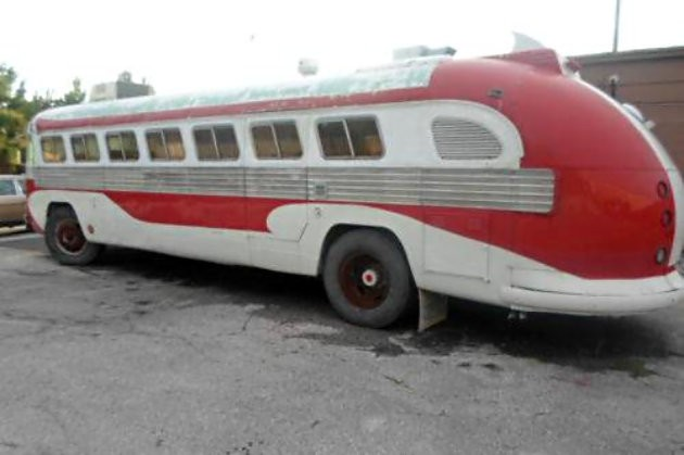 1946 Flxible RV: And It Runs!