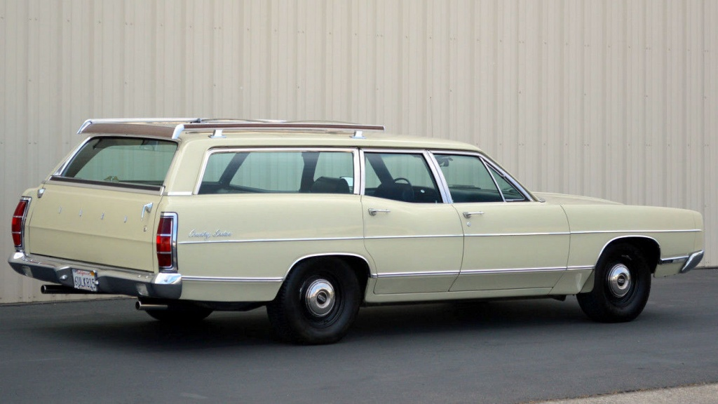 muscle wagon 1969 ford country sedan