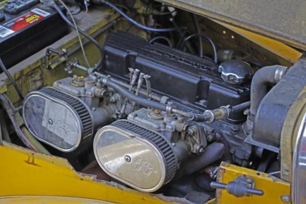 Volvo B18 Dual Webers