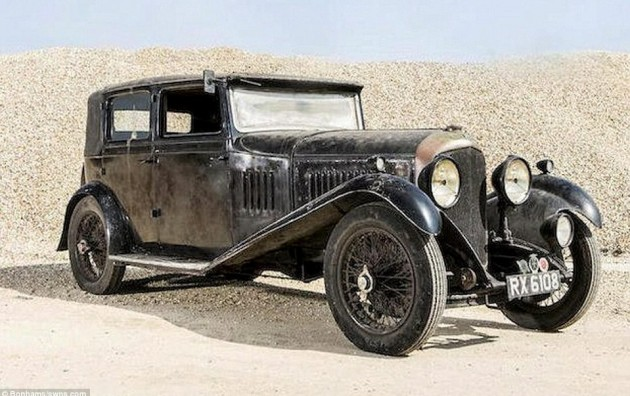 Dusty 1929 Bentley Barn Find Discovered