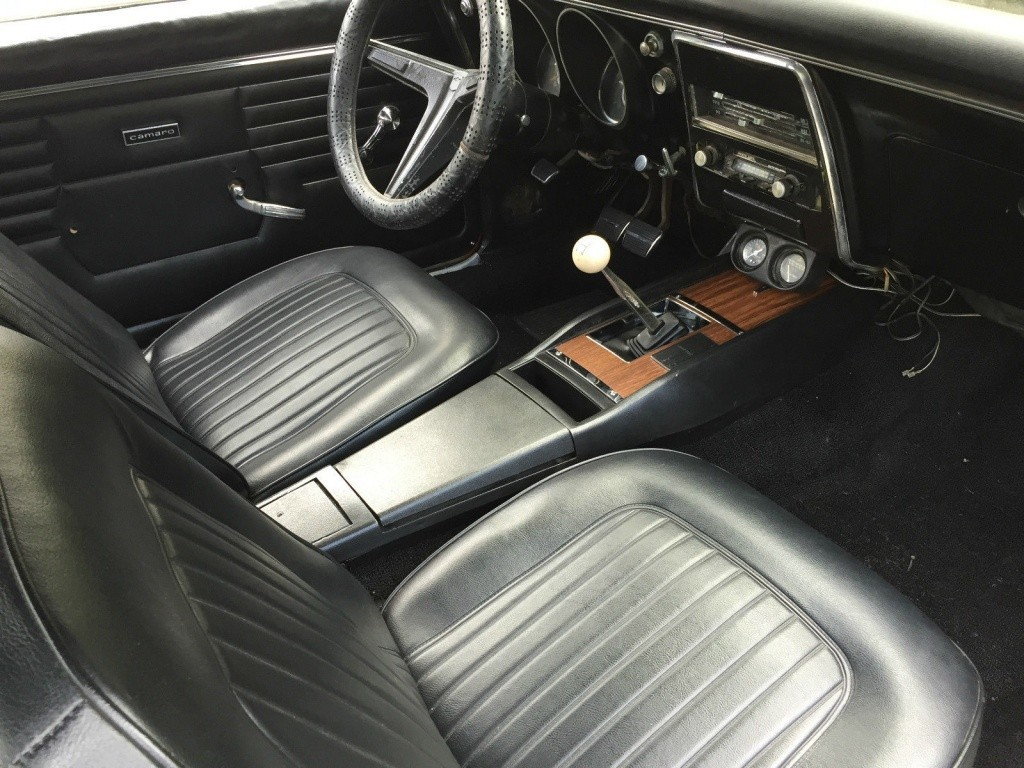 rusty and dusty 1968 chevrolet camaro. Black Bedroom Furniture Sets. Home Design Ideas