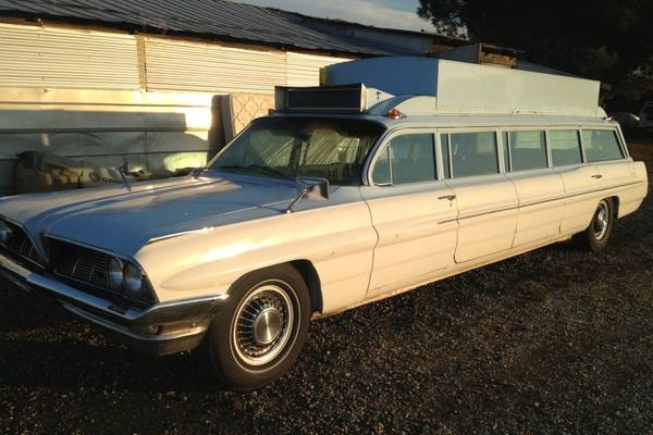 Limousine For Sale >> Doors For All: 1961 Pontiac Catalina Limo